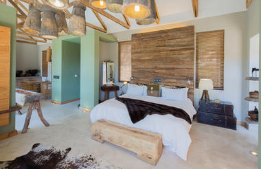 The Olive - Premier Suite (Caprivi Suite)