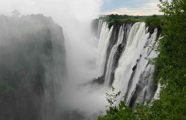 WILD HORIZONS TOUR OF THE FALLS ZAMBIA